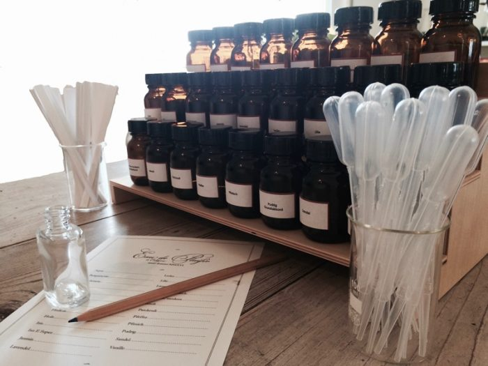 Duftorgel für den Parfumworkshop